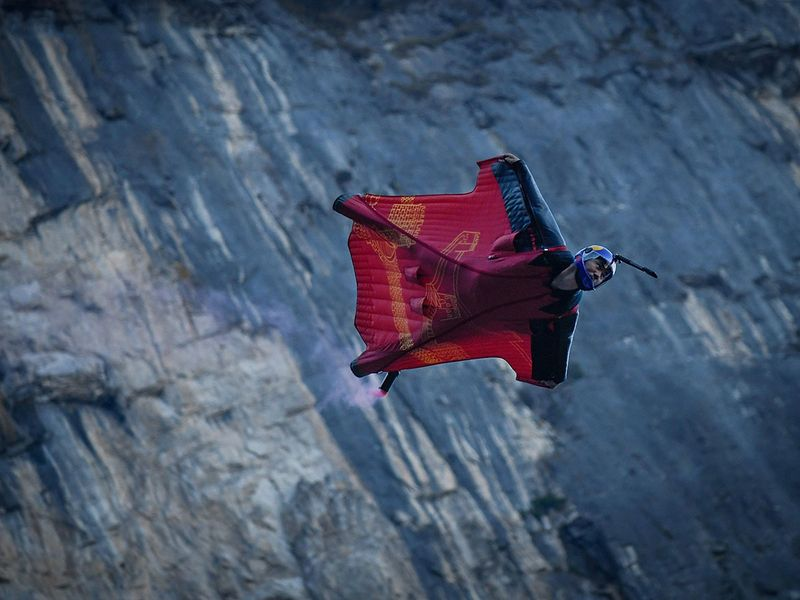 Meet the wingsuit jumper bringing the 'cool' to Chinese sport