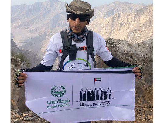 Dubai-Policeman-raises-Spirit-of-the-Union-banner-on-Jais-(2)-1606989032564