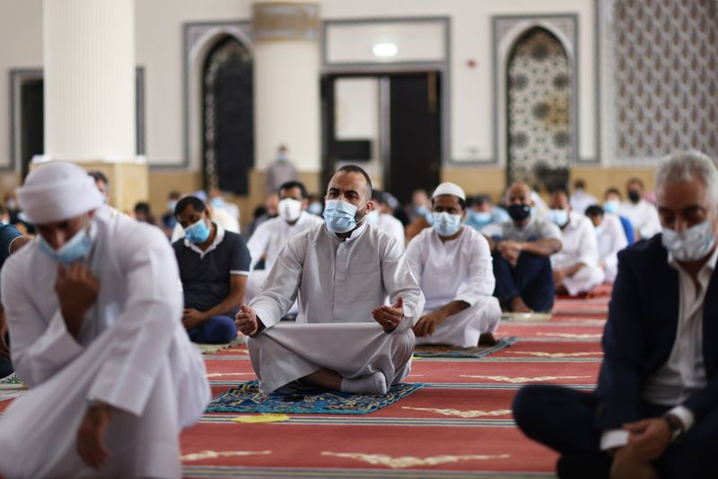 NAT 201204 Friday Prayer Blue Mosque CE003-1607073604501