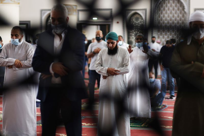 NAT 201204 Friday Prayer Blue Mosque CE005-1607073564420