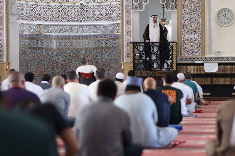 NAT 201204 Friday Prayer Blue Mosque CE009-1607073527901