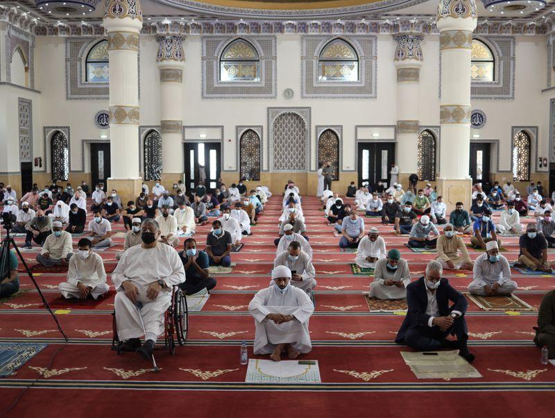 NAT 201204 Friday Prayer Blue Mosque CE018-1607073613372