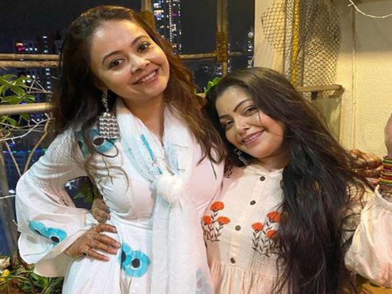 Devoleena and Divya-1607324542480