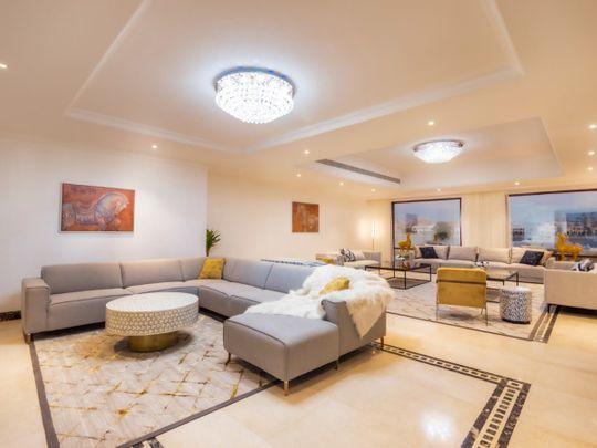 Stock Palm villa property
