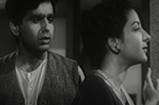 Dilip Kumar and Nargis Dutt in Deedar