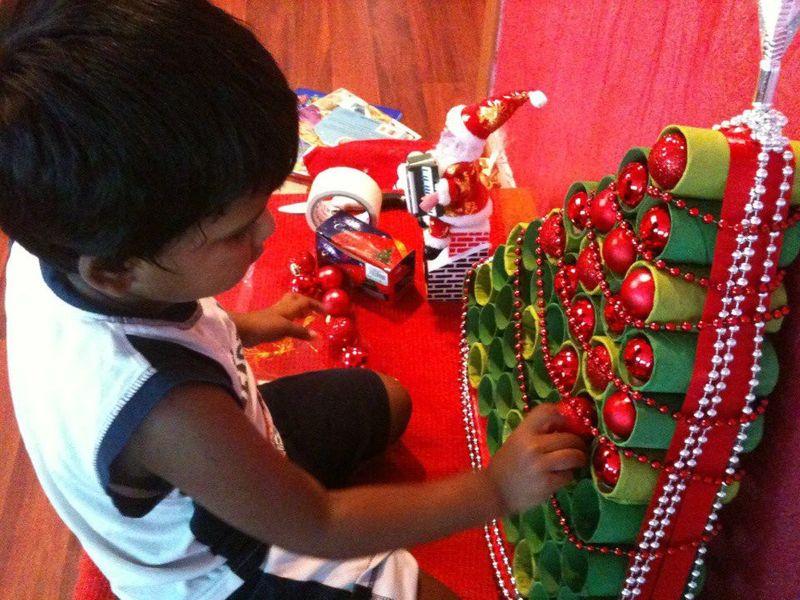 NAT  innovative Christmas tree story 531-1608122239652