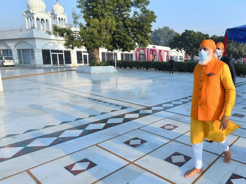 Modi's visit to Gurudwara