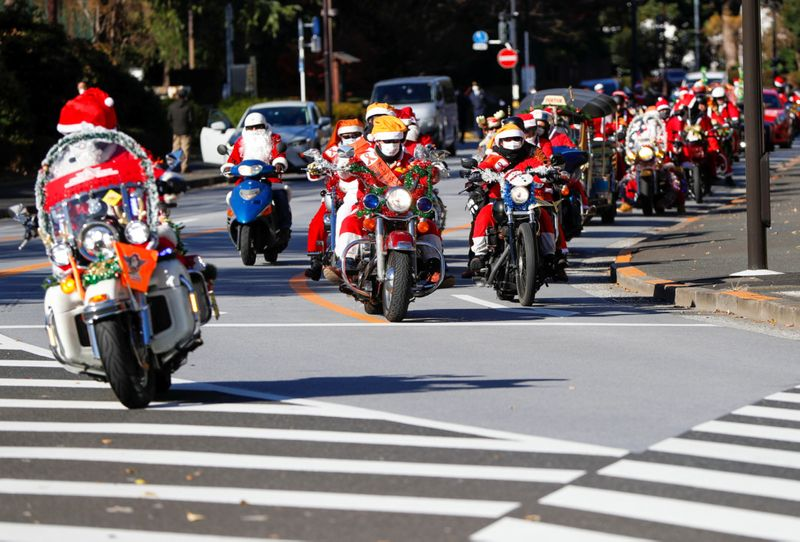 Copy of 2020-12-20T070536Z_1215301761_RC2VQK9Y2LWQ_RTRMADP_3_CHRISTMAS-SEASON-JAPAN-HARLEY-DAVIDSON-1608542410614