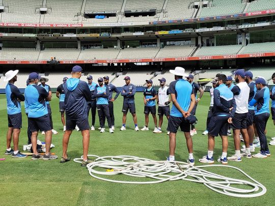 India chat ahead of the Melbourne Test against Australia