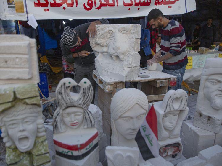 Copy of Iraq_Protest_Art_37926.jpg-d2453-1577605387348