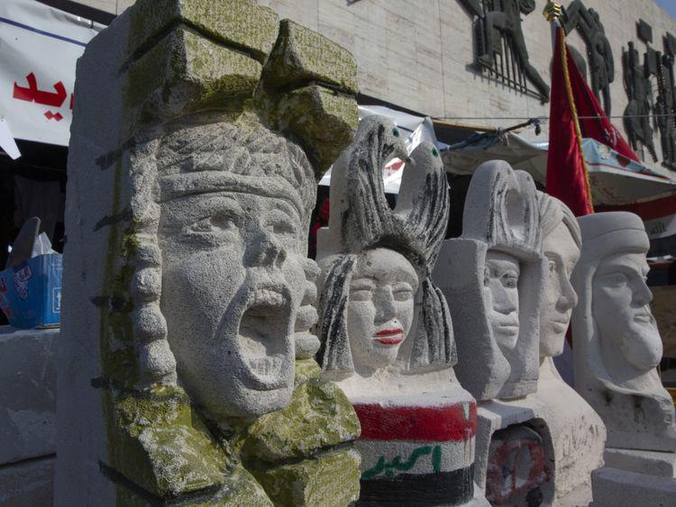 Copy of Iraq_Protest_Art_68786.jpg-09853-1577605391004