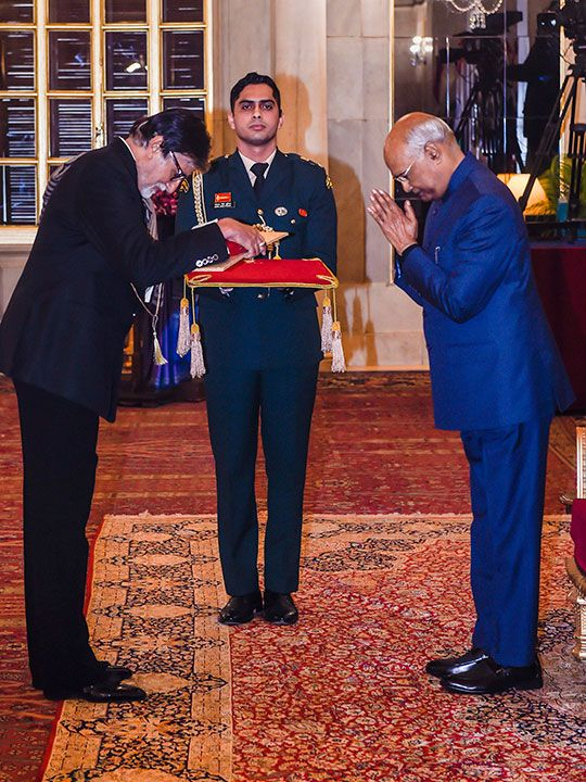 President Ram Nath Kovind presents the Dada Saheb Phalke Award for the year 2018 to veteran Bollywood actor Amitabh Bachchan, conferred for his contribution to the Indian film industry, at Rashtrapati Bhawan in New Delhi.
