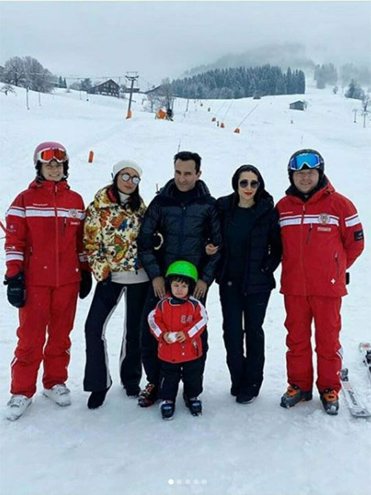 Karisma Kapoor shared pictures from their family vacation, with Kareena Kapoor, Saif Ali Khan,and Taimur