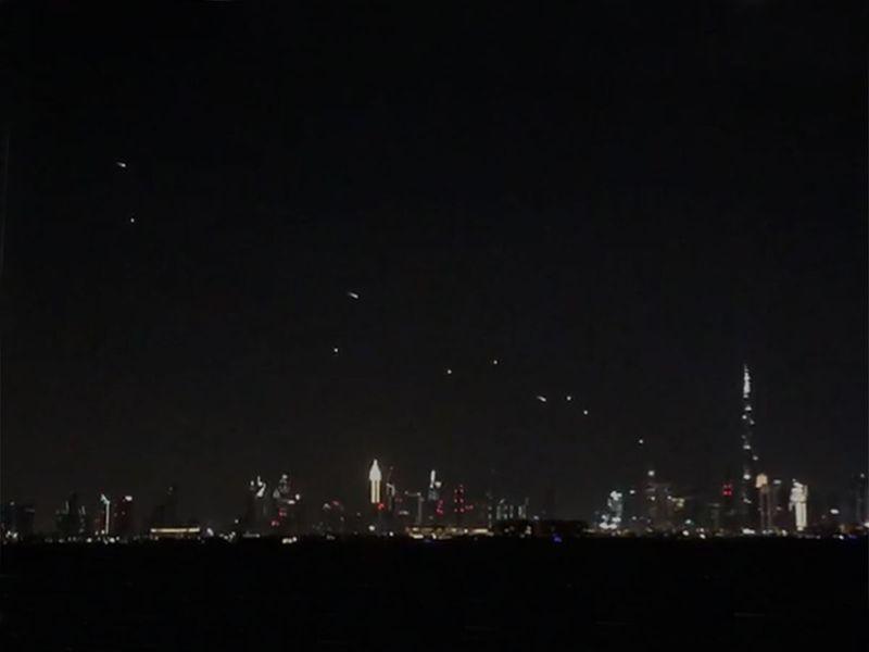 LED skydivers