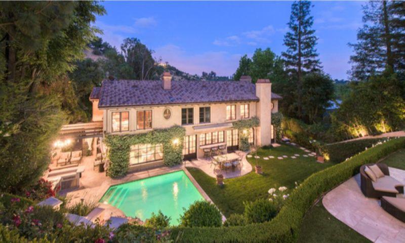 Kim Kardashian West's Beverly Crest abode-1577788149118