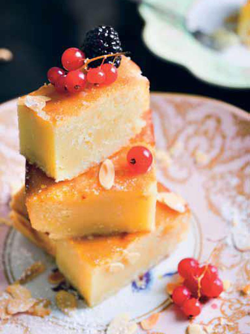 Almond basbousa with vanilla and rose syrup