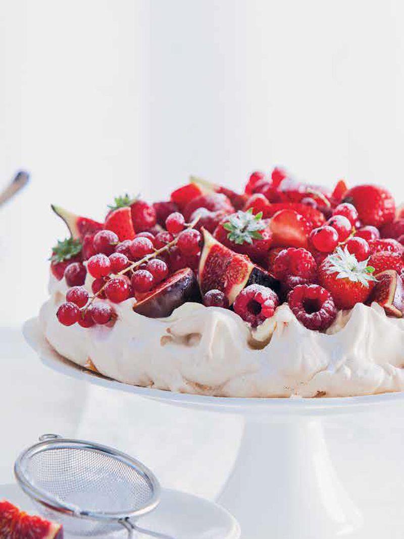 Summer Fruit Pavlova