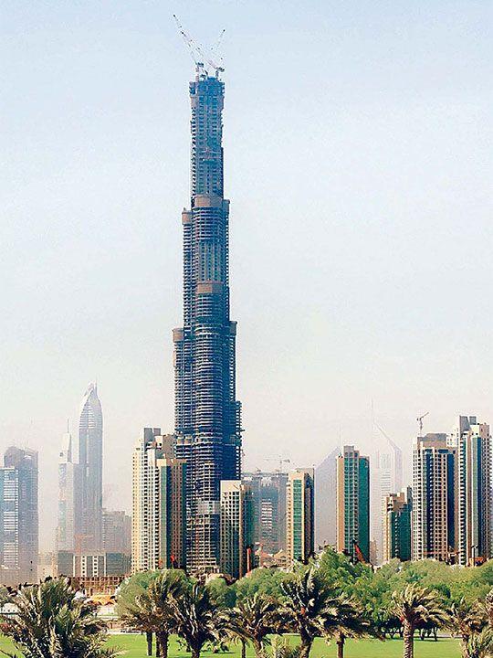 Burj Khalifa construction 2007