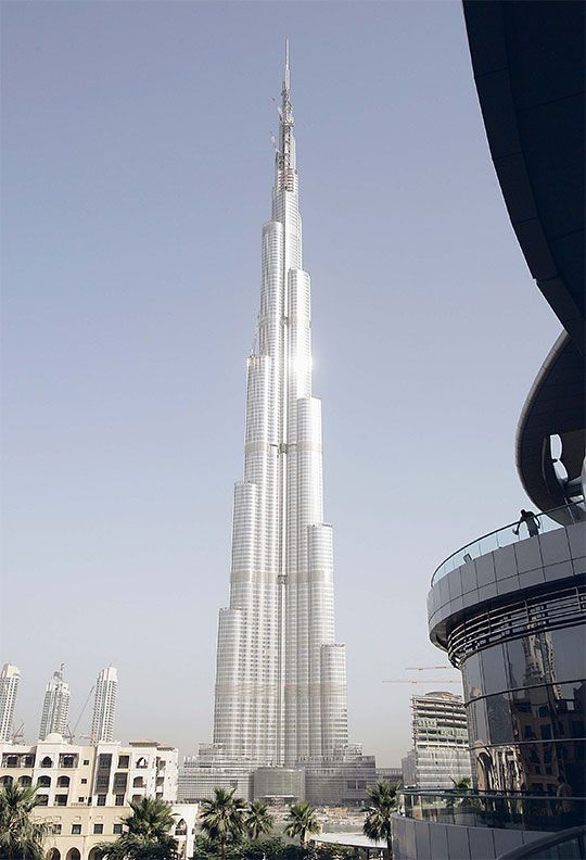 Burj Khalifa construction 2009