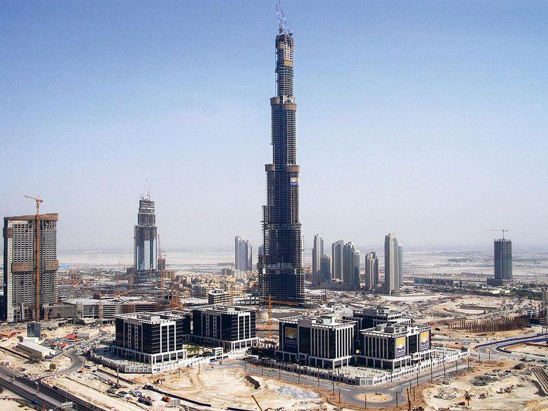 Burj Khalifa construction 2010