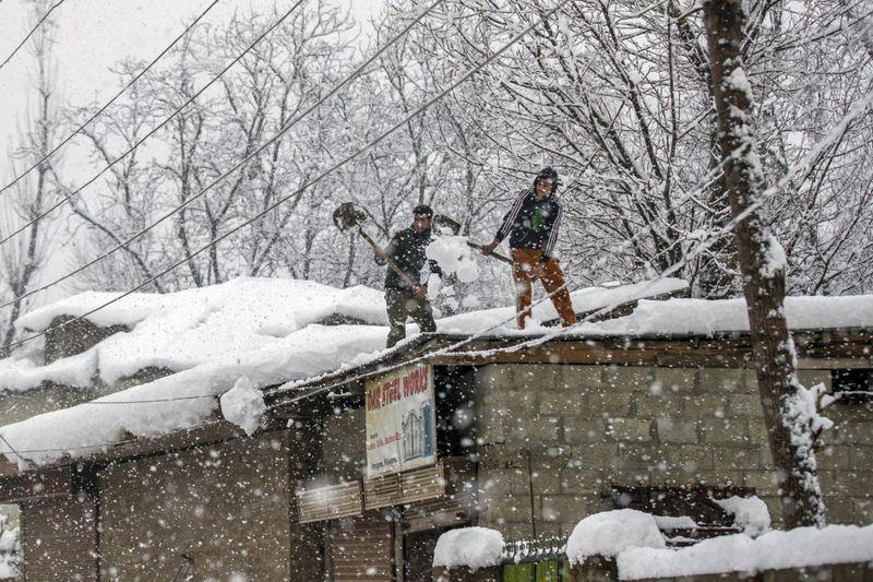 Copy of India_Kashmir_Weather_51932.jpg-77589-1609913331117