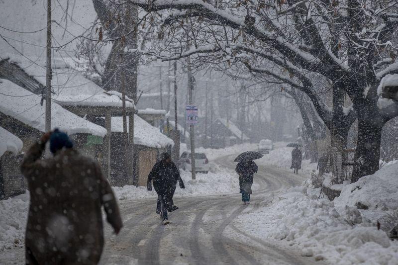 Copy of India_Kashmir_Weather_79658.jpg-f3a40-1609913256932