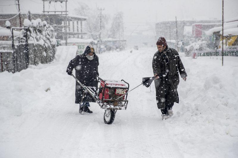 Copy of India_Kashmir_Weather_98907.jpg-6606c-1609913309599