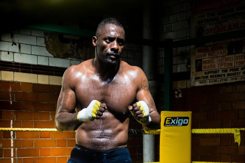 TAB 210106 Idris Elba Fighter-1609929950594