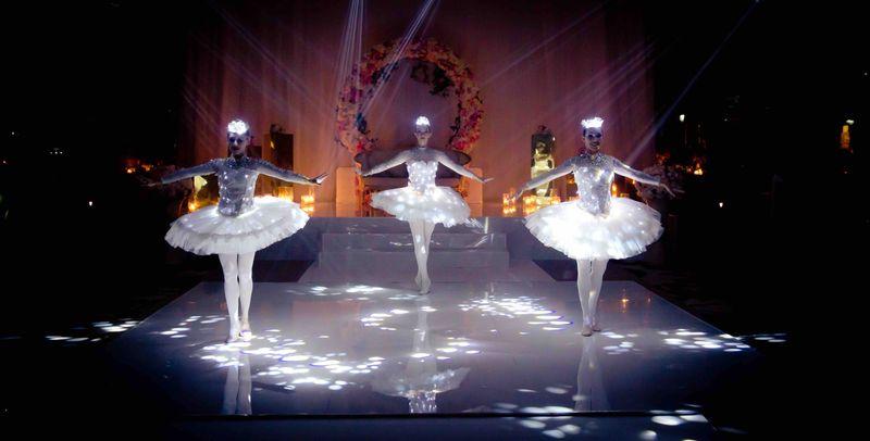LED Ballerina DSF show