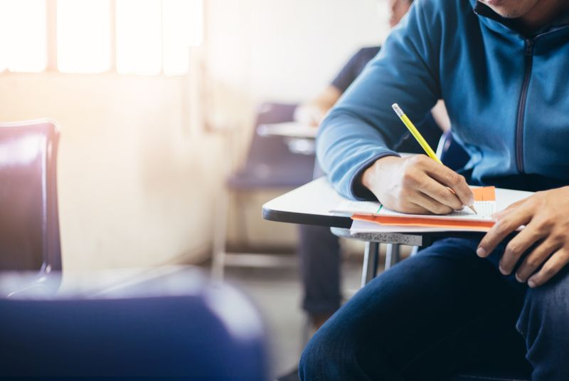 NAT210106_will UAE exams be cancelled-1609999377738