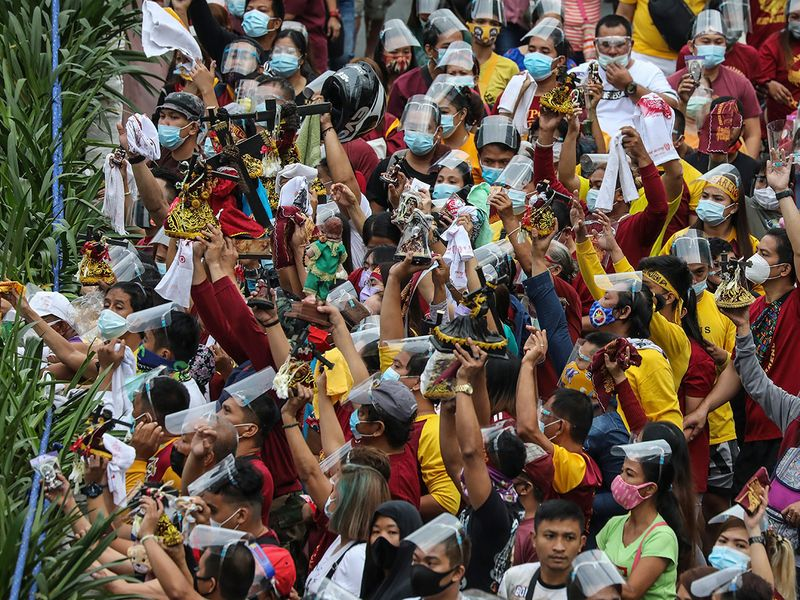 Virus_Outbreak_Philippines_Catholic_Procession_72928