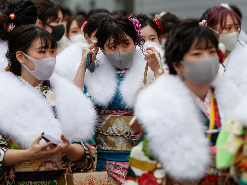 Copy-of-2021-01-11T032741Z_518752295_RC2F5L9C583G_RTRMADP_3_HEALTH-CORONAVIRUS-JAPAN-CELEBRATIONS