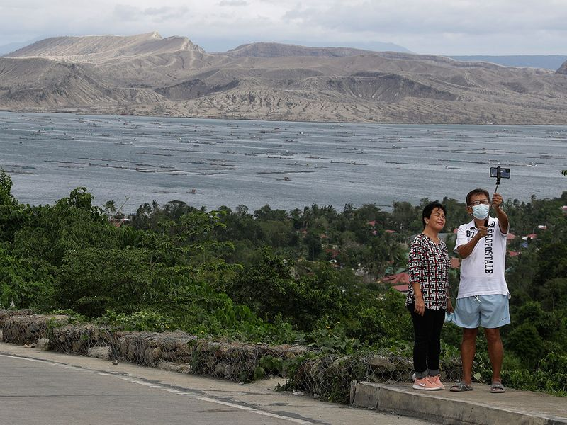 Philippines_Volcano_Anniversary_Photo_Gallery_98928