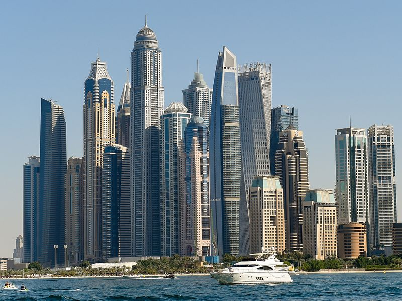 UAE reports modest gains in non-oil economy in February