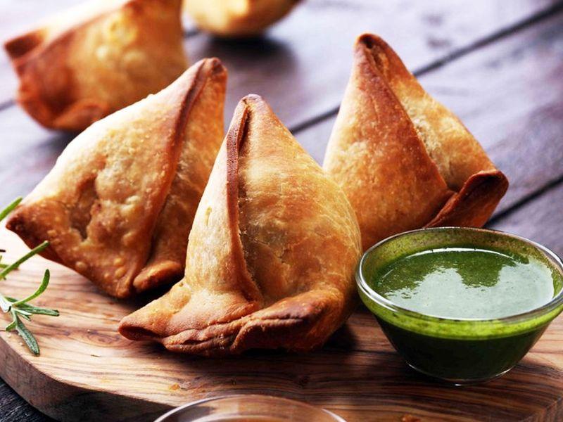Indian samosas (Food story)