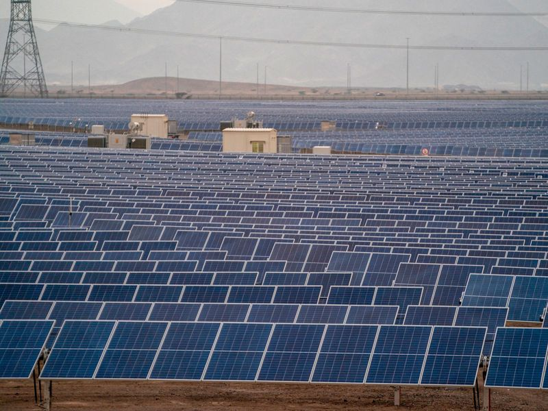 Shell commissions 25MW solar plant in Oman, eyes 25,000t cut in CO2 emissions annually