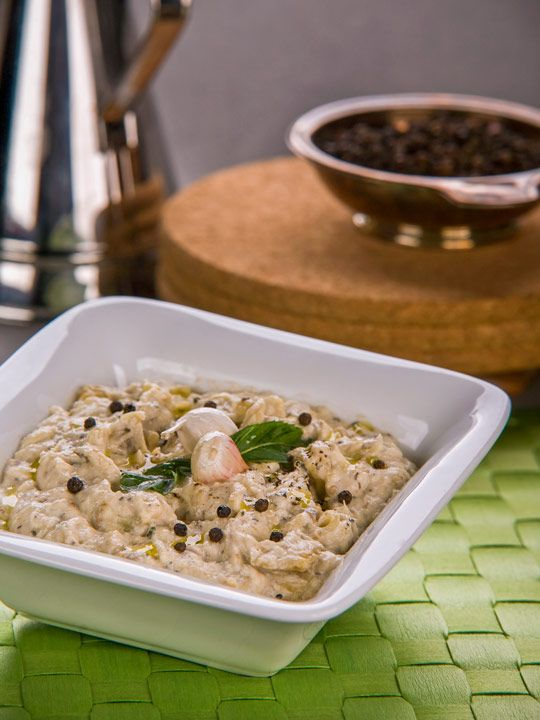 One of the most famous dishes in various Middle Eastern countries is the aubergine dish buraniya.