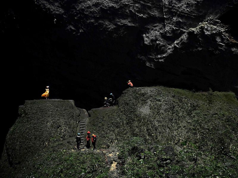 Son Doong cave gallery