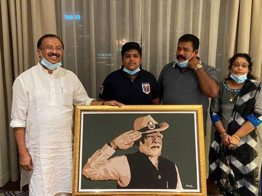 Saran-Sasikumar-and-family-with-Indian-minister