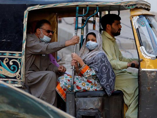 Pakistan Karachi masks