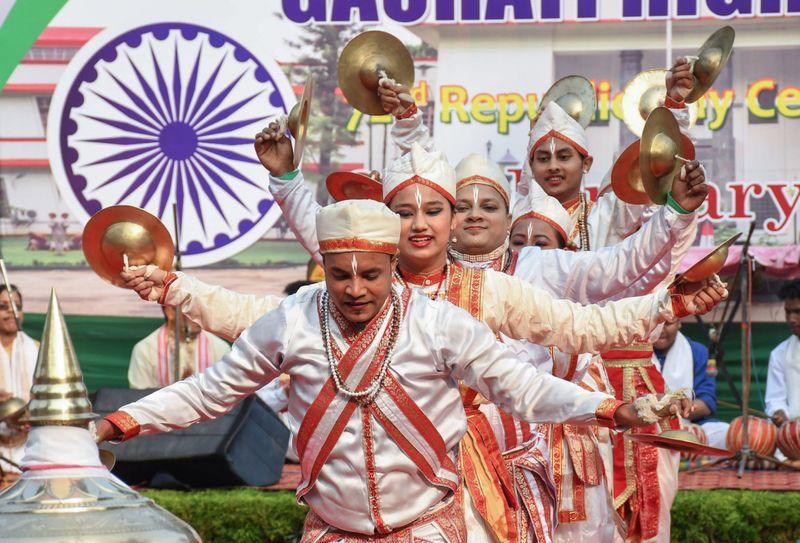 INDIA REPUBLIC 27-1611654006073
