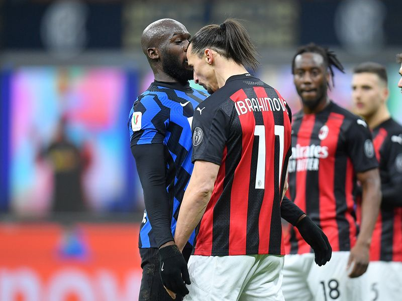 Romelu Lukaku and Zlatan Ibrahimovic get into heated exchange at Milan derby.
