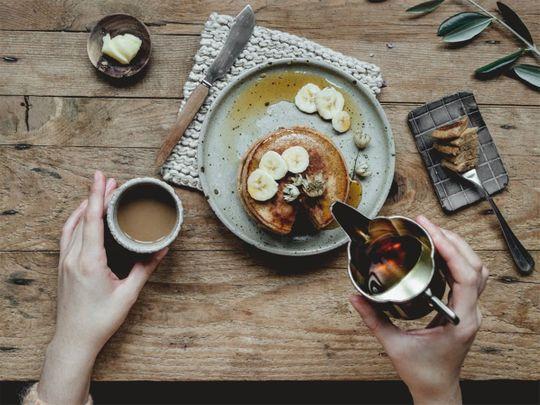 pancakes banana maple syrup (Food story)