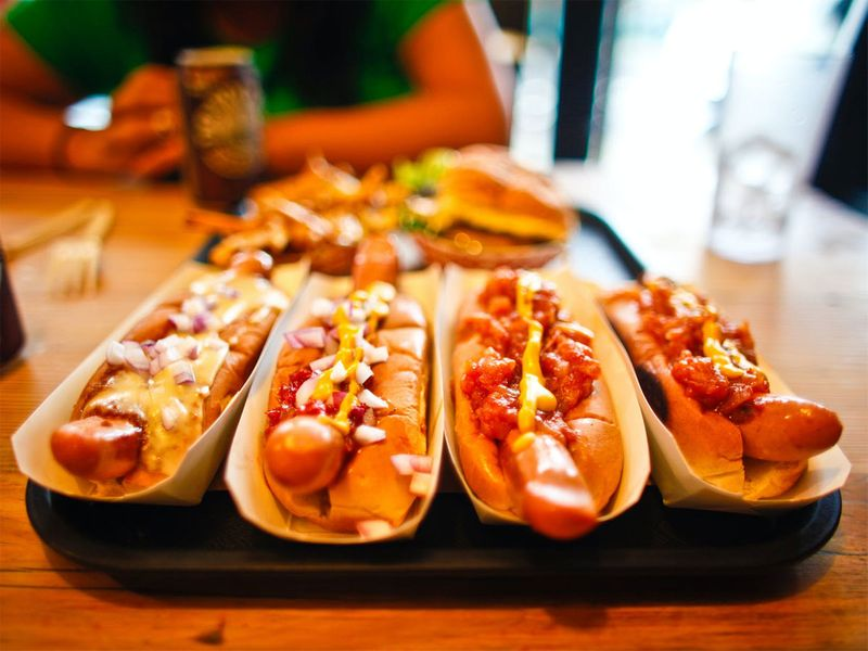 hot dog (food story)