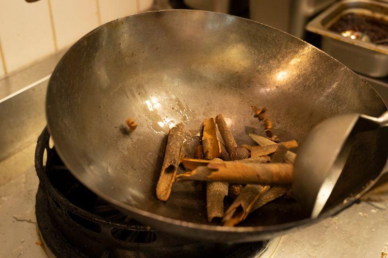 Roast the star anise and cardamom