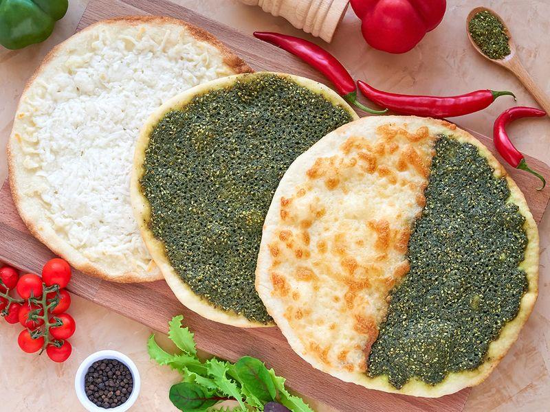 manakeesh, arabic, bread, zaatar, cheese