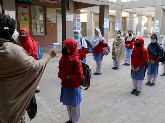 Pakistan school temperature