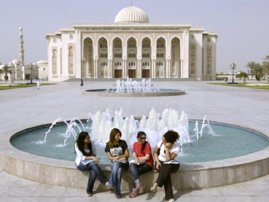 Students at the American University of Sharjah 0212