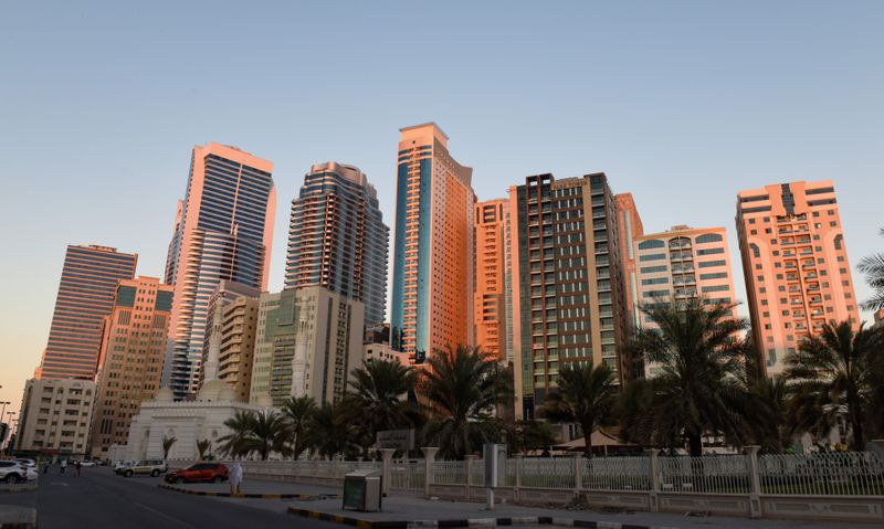 BUS 200113 SHARJAH SKYLINE -81-1612507028068