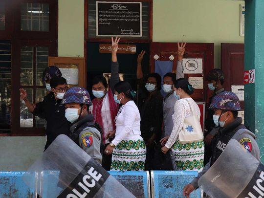 Myanmar students arrest